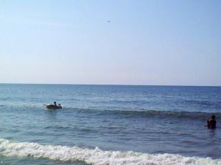 ビーチにて